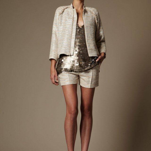 Creating a Distinct Personal Fashion With Utmost Elegance