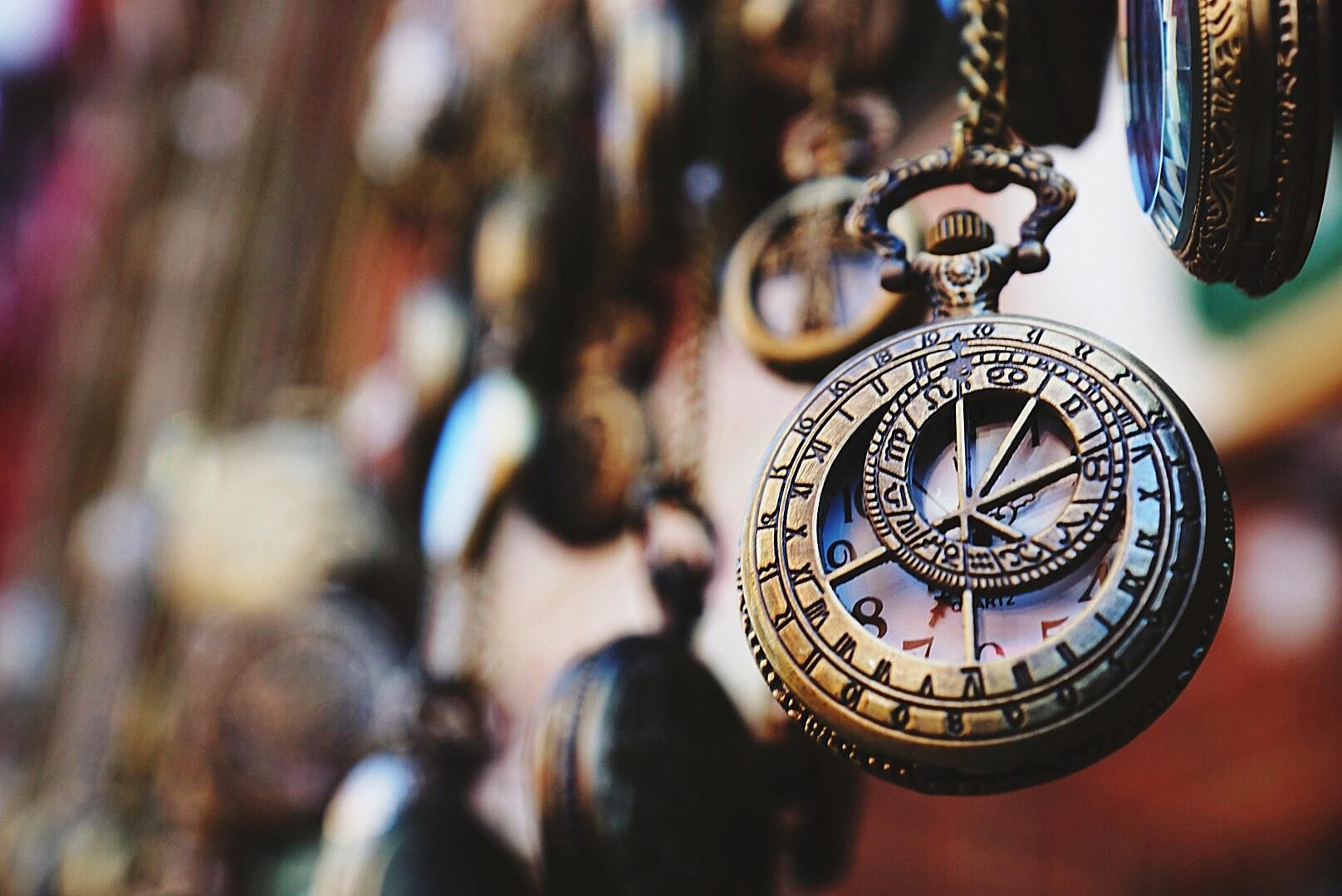 How to Get Your Antiques and Collectibles Appraised?