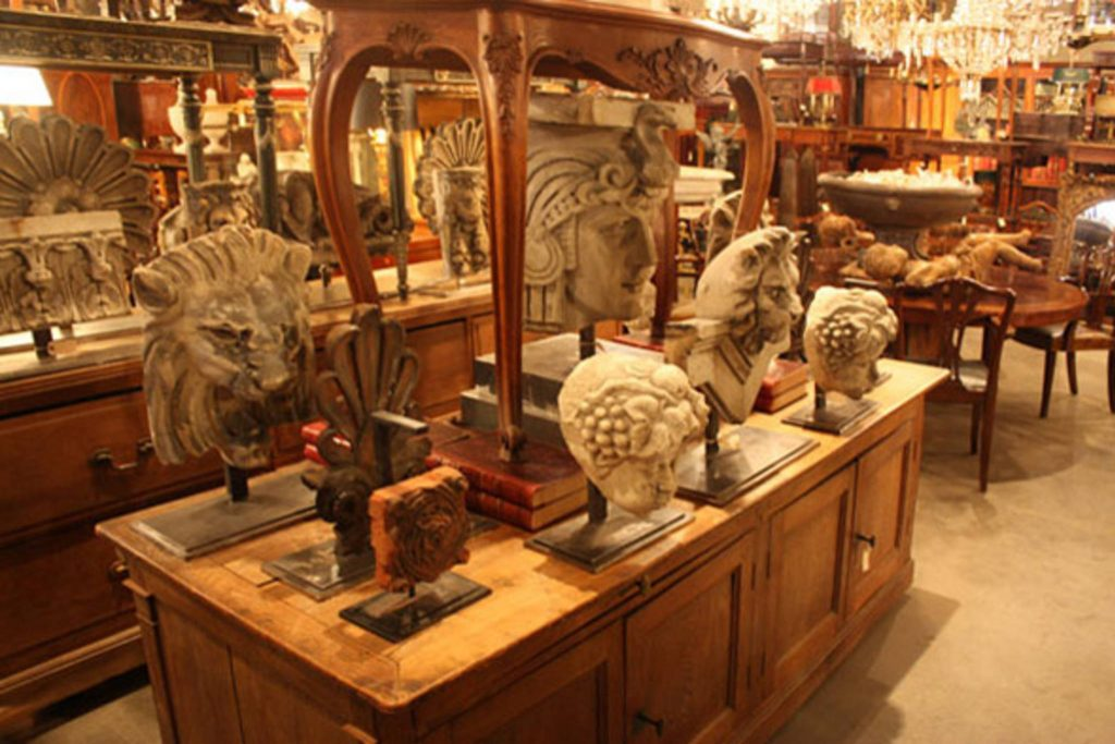 Buying The Best Antique Clocks For Your Collection